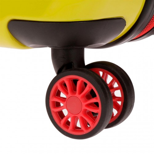 3288761 detalle de las ruedas dobles