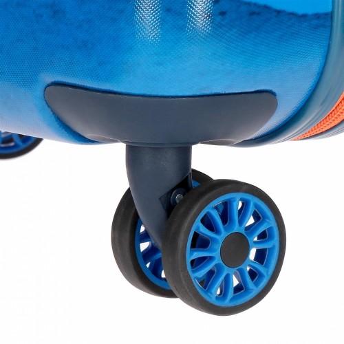 6098761 detalle de las ruedas