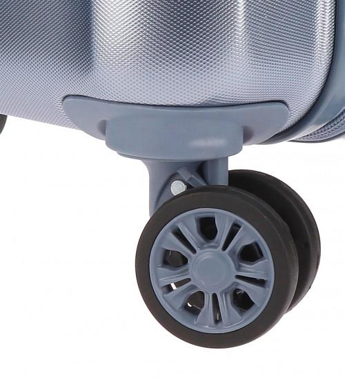 5418766 detalle de las ruedas