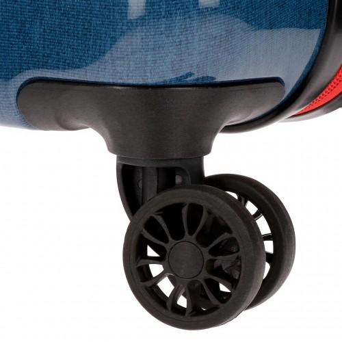 4371761 detalle de las ruedas